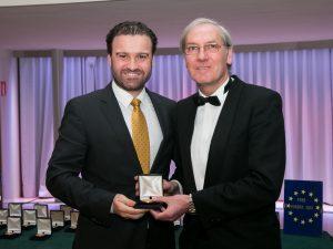 Dr. Manuel Román junto a José Luis Salaverría