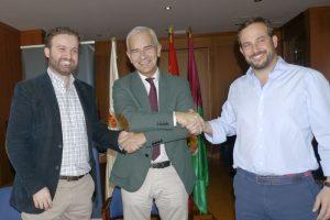 Acuerdo entre Real Club Mediterráneo y Avilés y Román